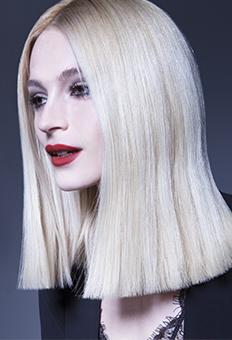 Blonde coiffure